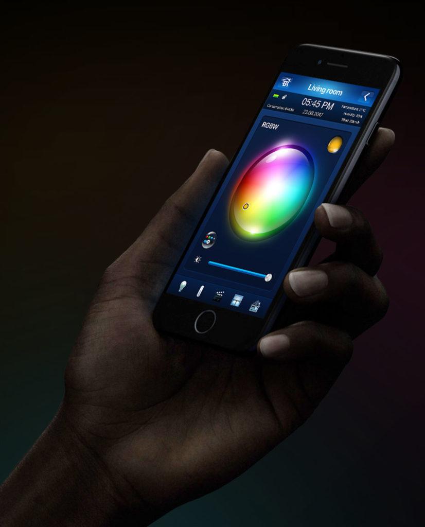Smart Home München: Lichtsensation einfach per App RGBW Controller mobile