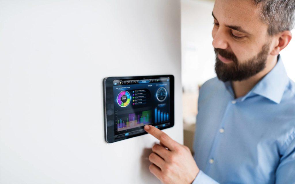 Smart Home München: Das Gehirn des FIBARO Systems - Home Center 2 Hintergrund 2 mobile
